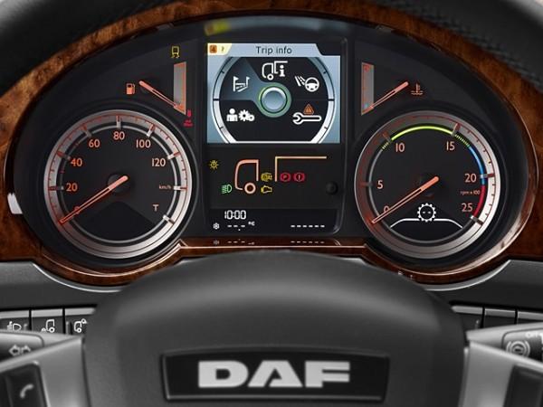 DAF CF Евро 6. Управление автомобилем