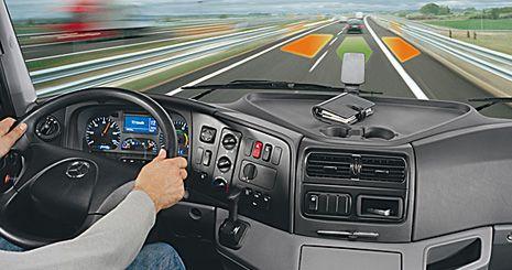 Mercedes-Benz Axor. Система слежения за дорожной разметкой
