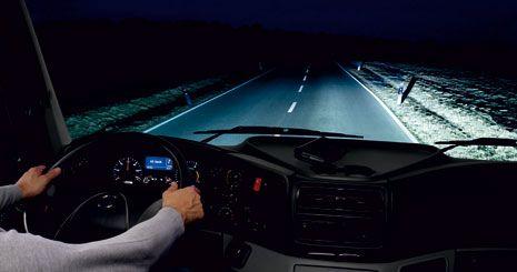 Mercedes-Benz Axor. Ксеноновые фары